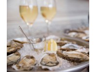 6 Oysters & Rose Sparkling Wine