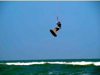 Three day kitesurfing beginner/intermediate (IKO certified)